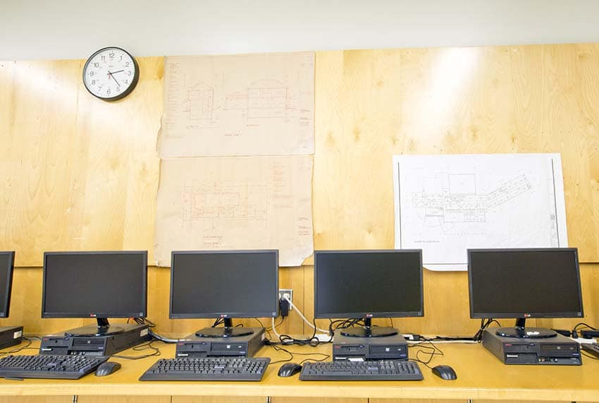 Moscrop Secondary Computer Lab