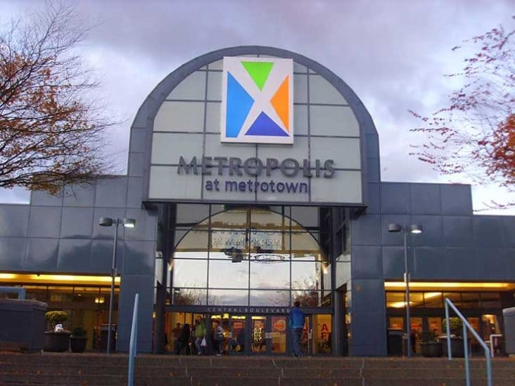 Metrotown Mall Burnaby Vancouver Stores